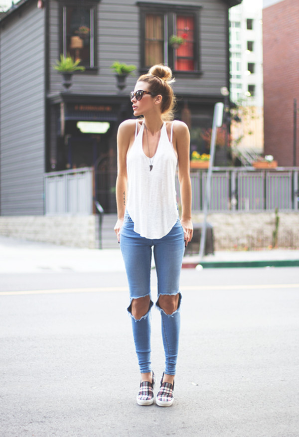 top white jeans destroyed skinny jeans blonde hair cut jeans fashion style shirt