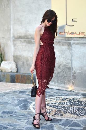 vogue haus blogger burgundy dress halter top black heels black bag mini bag date outfit