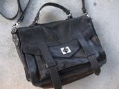 bag,black,messanger,school bag,tumblr,satchel,satchel bag