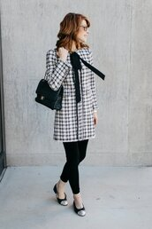 themiddlepage,blogger,coat,leggings,bag,sunglasses,chanel,chanel bag,ballet flats,winter outfits