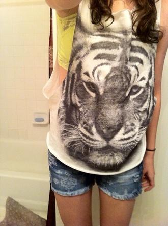 shorts tank top tiger shirt tiger b&w w&b undershirt animal face print