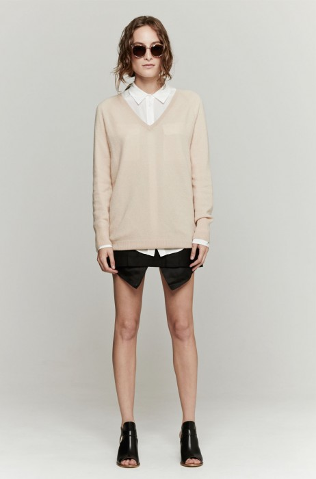 Equipment Asher V-Neck In Nude | The Dreslyn