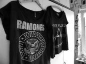 t-shirt,ramones,fan,black