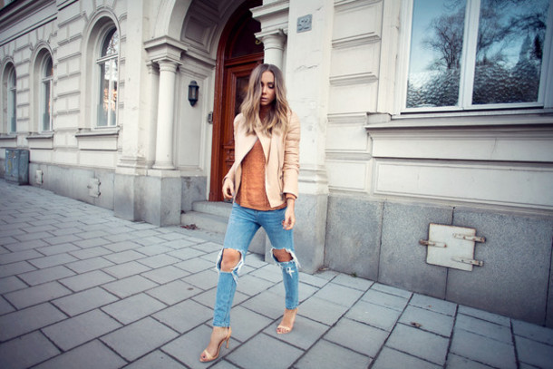 lisa olsson blogger ripped jeans beige jacket jeans