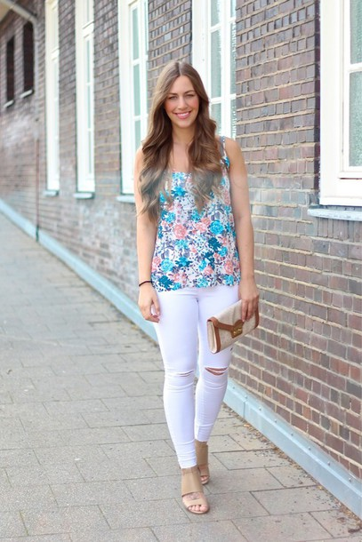jeans white jeans ripped jeans floral top flower top spring spring outfits  spring look summer summer