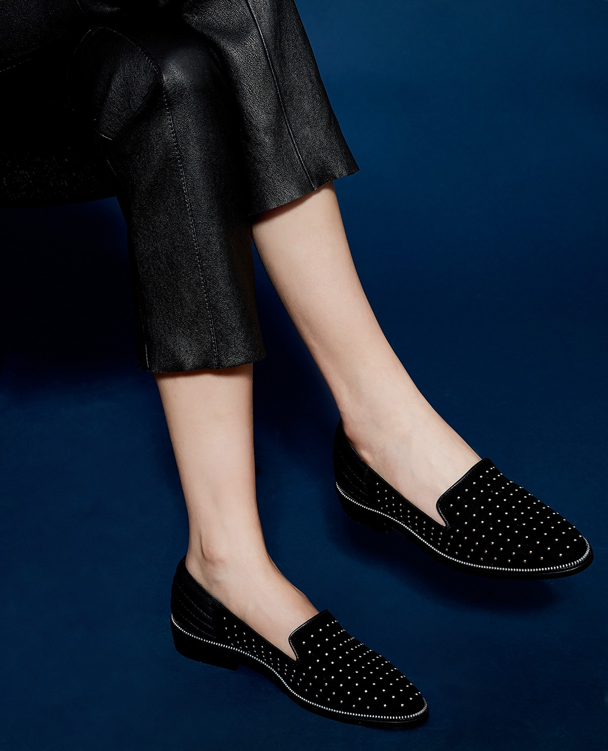The Kooples Suede Slippers Decorated with Studs Lyih5c1I0
