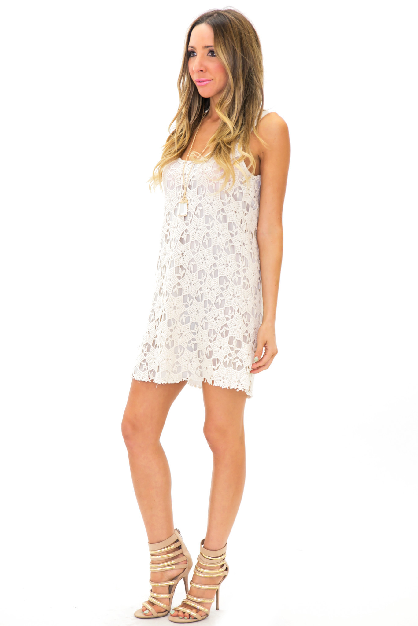 ENYA SLEEVELESS LAYERED LACE TUNIC | Haute & Rebellious