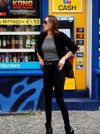 nina @ www.helloshopping.de - it's a blog. blogger jacket sweater shoes bag belt fall outfits black jeans biker jacket black jacket