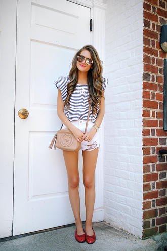 southern curls and pearls blogger top shorts bag sunglasses jewels make-up striped top white shorts topshop gucci bag chanel streetwear