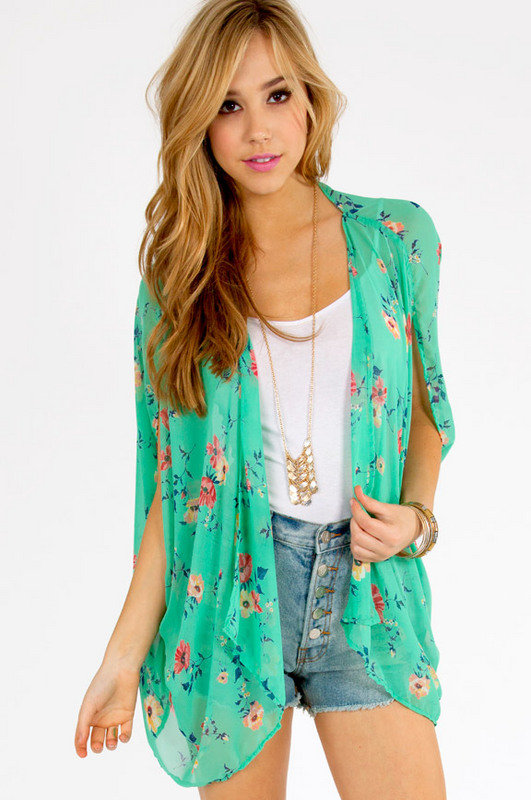 Floral Affair Top $32 on Wanelo