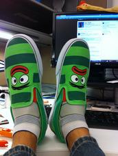 shoes,yo gabba gabba,vans,red,green,stripes,eyes,lips,unibrow