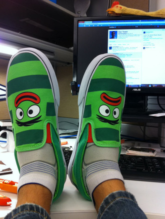 shoes yo gabba gabba vans red green stripes eyes lips unibrow