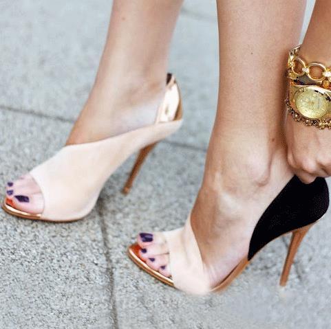 Gorgeous contrast color stiletto sandals