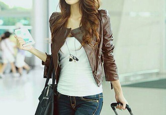 jacket leather brown travel style fashion look cute pretty bag white shirt leather jacket winter outfits fall outfits luggage passport cover luggage tag necklace statement necklace white t-shirt jeans hair hairstyles