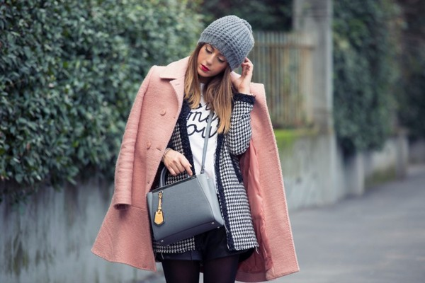 scent of obsession coat shorts t-shirt shoes bag jewels