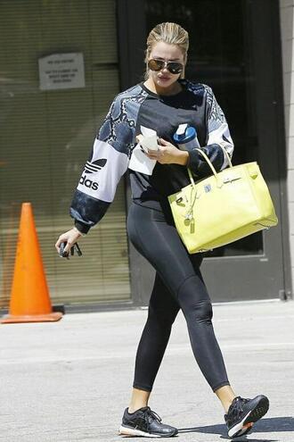 sweater sweatshirt sneakers leggings khloe kardashian