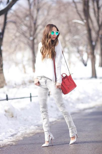 something navy blogger stilettos mirrored sunglasses white sweater grey jeans red bag celine bag jeans sweater bag shoes sunglasses white sunglasses