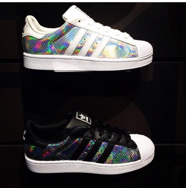 adidas superstar schwarz holographic