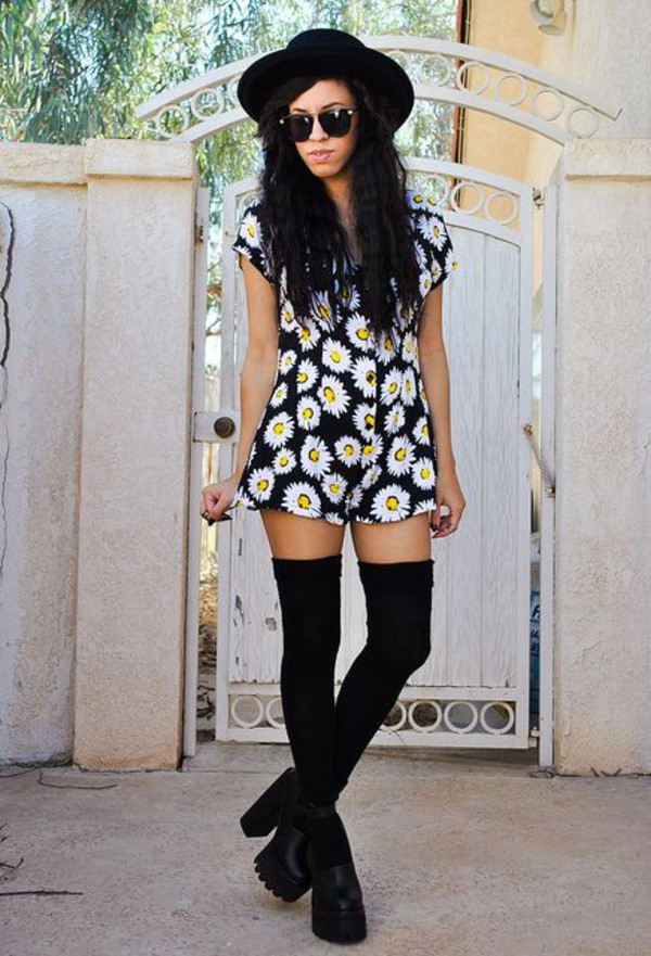 3810a4bee6f Motel Gertrude V Neck Playsuit in Wild Daisy Print