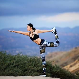 fit fab fun mom blogger underwear tights shoes jacket sportswear sports bra sports leggings workout sneakers