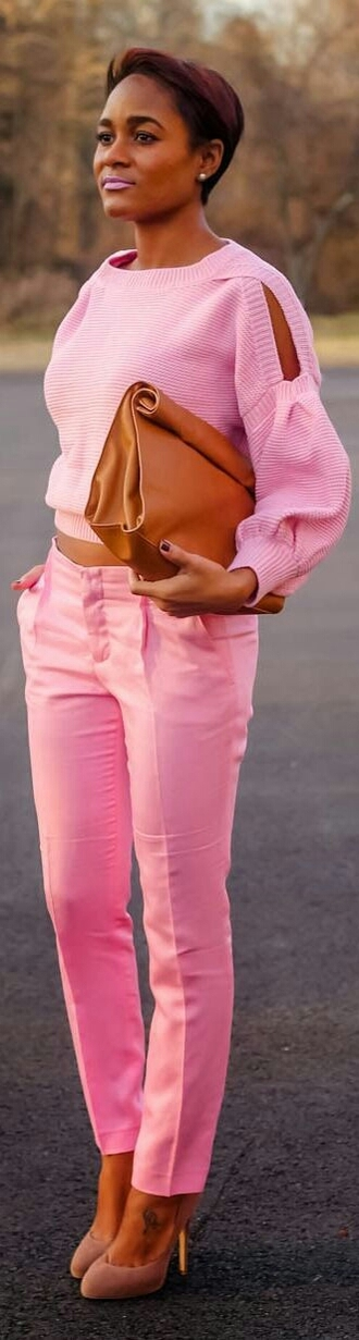 pants pink sweater cut-out trouser outfit fashion girly summer spring outfits clutch knitted sweater knit cropped sweater bag