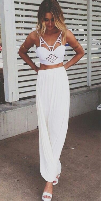 dress t-shirt white top white pants white crop tops top white crop crop tops cropped strappy bralette cut-out sexy summer top summer pants