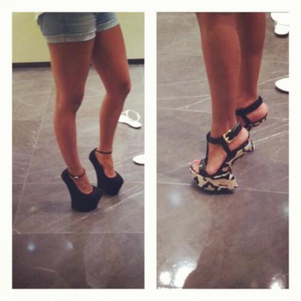Black Heel Less Shoes