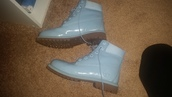 shoes,timberlands,baby blue,fashion,cute,boots,booties