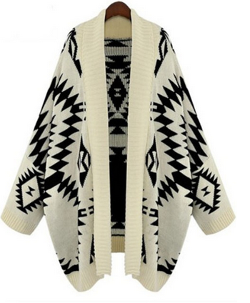 Geometric pattern knitted loose sweater
