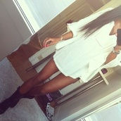 dress,shirt,short,white,lace,cream,sleeves,shoes,dress perfect,white dress,flowy,boots,top,clothes,tumblr clothes,white crop tops,cut out white crop tops summer,beige dress,blouse,chiffon blouse,chiffon,pink chiffon,black and white blouse,white blouse,blogger,fashion blogger,teen blogger,blogger style,australian fashion blogger,bloggers love,blogger trend,fashion,summer dress,summer,adore,pretty,prom,amazing,lovely,prom dress,white flowy dress,festival,loose,loose dress,cute,nice