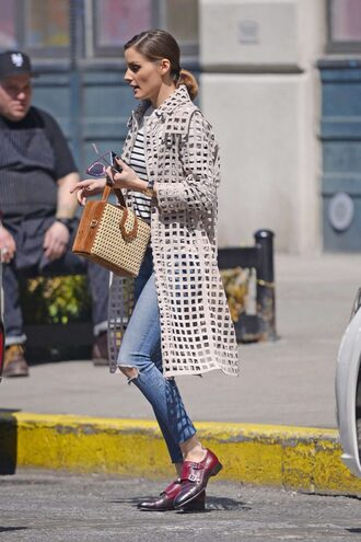 coat mesh olivia palermo streetstyle blogger spring outfits flats jeans purse bag