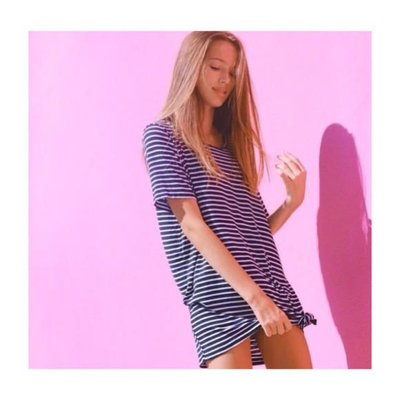 tshirt dress oversized t-shirt brandy melville dress oversized striped dress navy navy and white