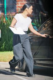 top,black and white,wide-leg pants,vanessa hudgens,casual,celebrity