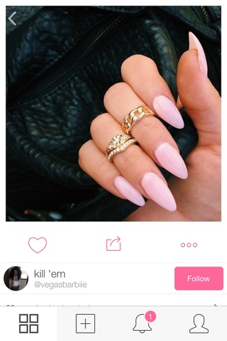 nail polish light pink acrylic nails