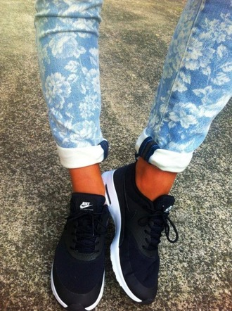 shoes nike nike air max thea air max black blanck and white white street style pants jeans