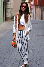 bag,wayuu,mochila,pint stipe pants,striped pants,white striped pants,white jacket,white crop tops,pink sunglasses,white flats