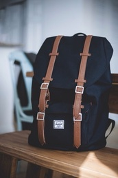 bag,fall outfits,college,back to school,backpack,herschel supply co.,mens backpack