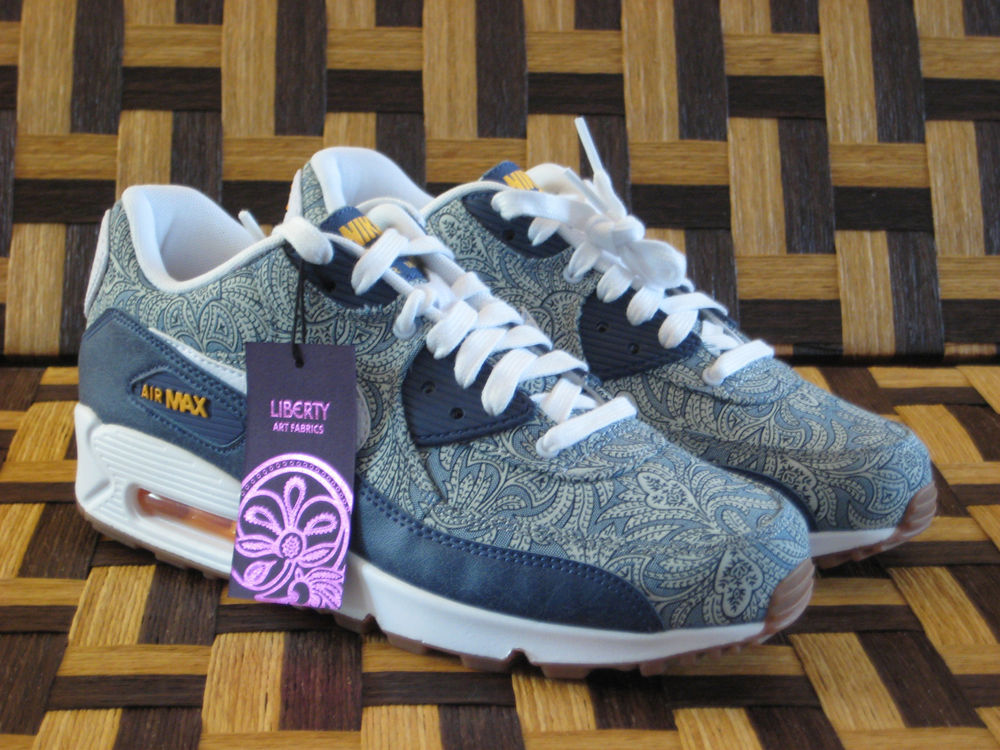 timeless design 9753a 34a97 Nike Air Max 90 Liberty of London Dark Blue Crown NIKE X QS Womans UK 3 ...