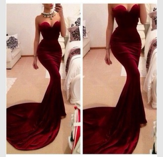 dress red red prom dress love it fashion style stylish beauty beautiful haute couture high end tumblr prom dress velvet dress