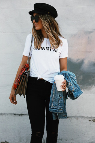 t-shirt blogger blogger style graphic tee black skinny jeans denim jacket gucci bag hat