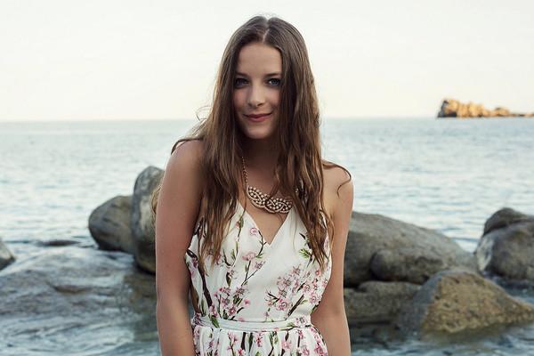 iemmafashion jewels maxi dress sheinside statement necklace blogger summer outfits summer dress boho chic