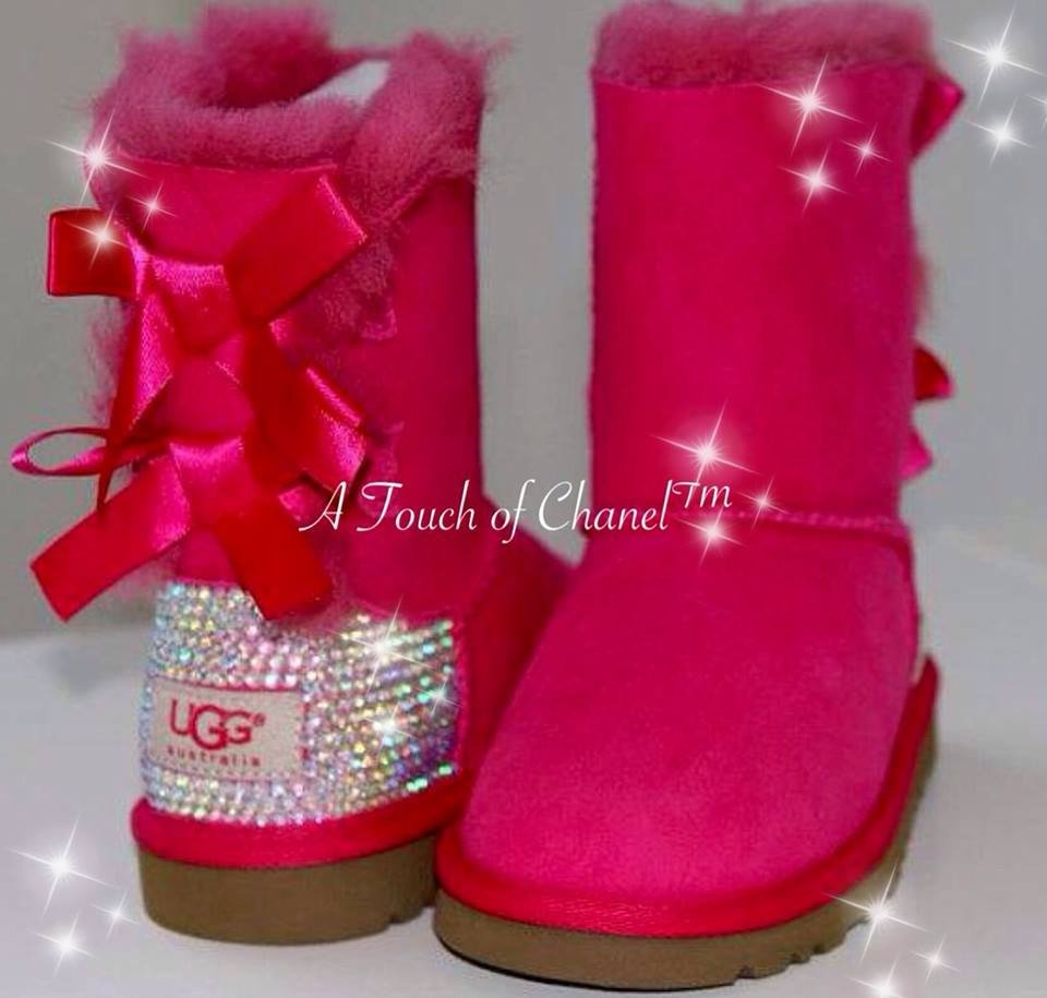 Short pink crystallized back bailey bow boots by atouchofchanel