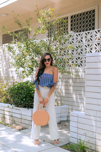 top tumblr blue top off the shoulder off the shoulder top pants white pants wide-leg pants sandals bag round tote
