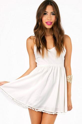dress tobi v neck white dress graduation dresses graduation spagetti staps dresses