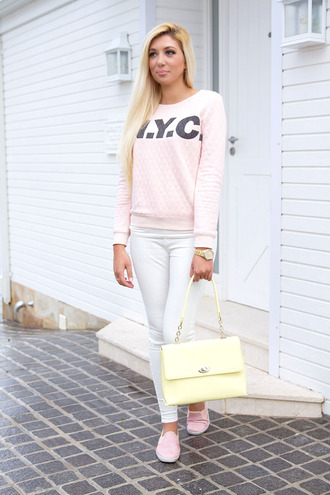 superficial girls blogger jeans shoes bag sweater jewels