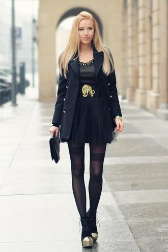meri wild coat t-shirt skirt bag belt shoes jewels