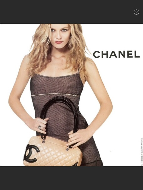 dress chanel 2004 or 2005 ?