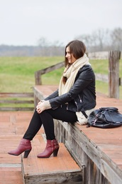 perla oreneta,blogger,shirt,cardigan,jeans,jacket,scarf,top,shoes,bag