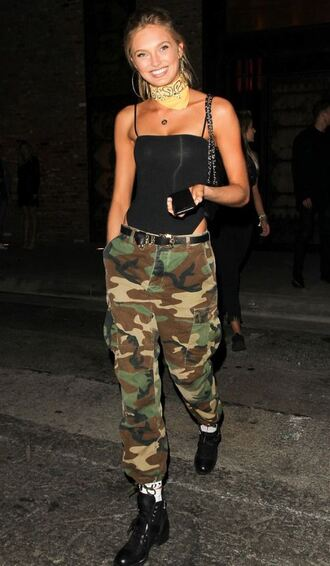 top bodysuit pants camouflage camo pants romee strijd model off-duty streetstyle vue boutique barbie camouflage pant army pants