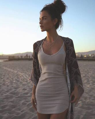 dress casual dress grey grey dress short dress bodycon dress bodycon mini dress sophiamiacova beige dress short biege tan nude beige cream deress coat kardigan nude dress ribbed summer dress kimono v neck dress strappy white sweater cami dress beige slim dress beach pink